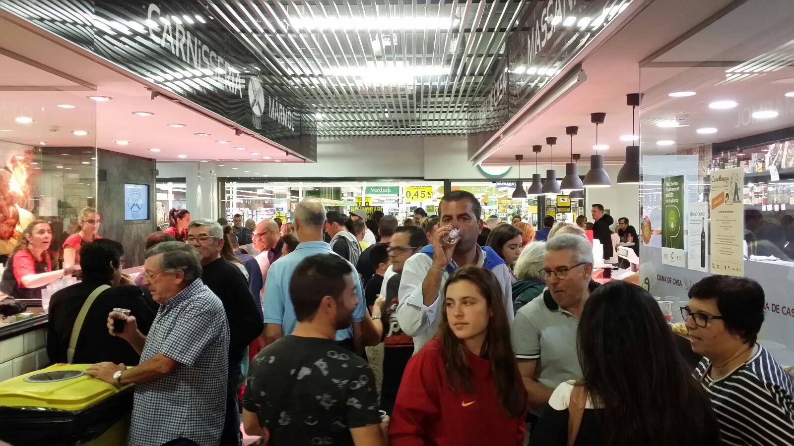Nit de Tapes Mercat Municipal Pallejà